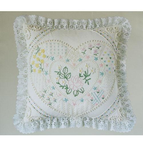 Candamar designs candlewicking pillow kit
