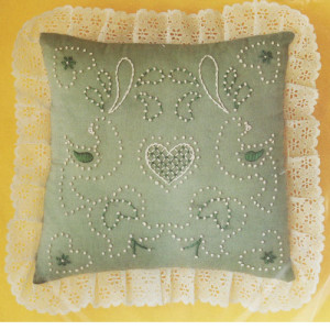 Candlewicking Kit Willow Green Pillow M.H. Yarns #CW11