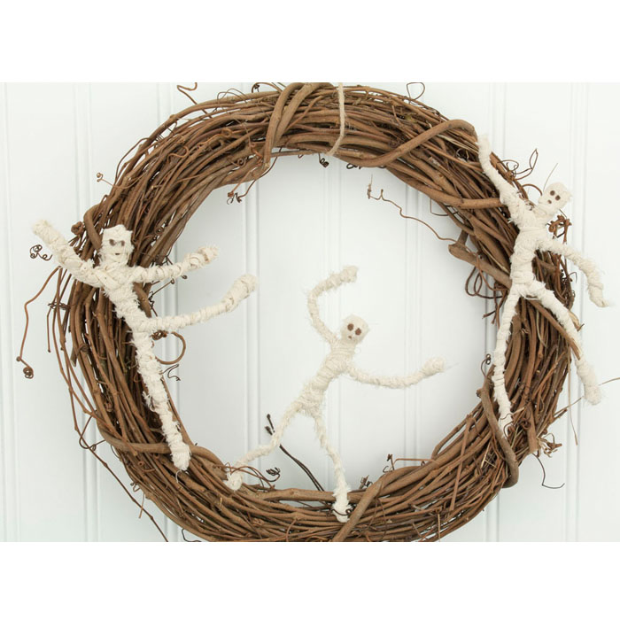Mummy Halloween Wreath