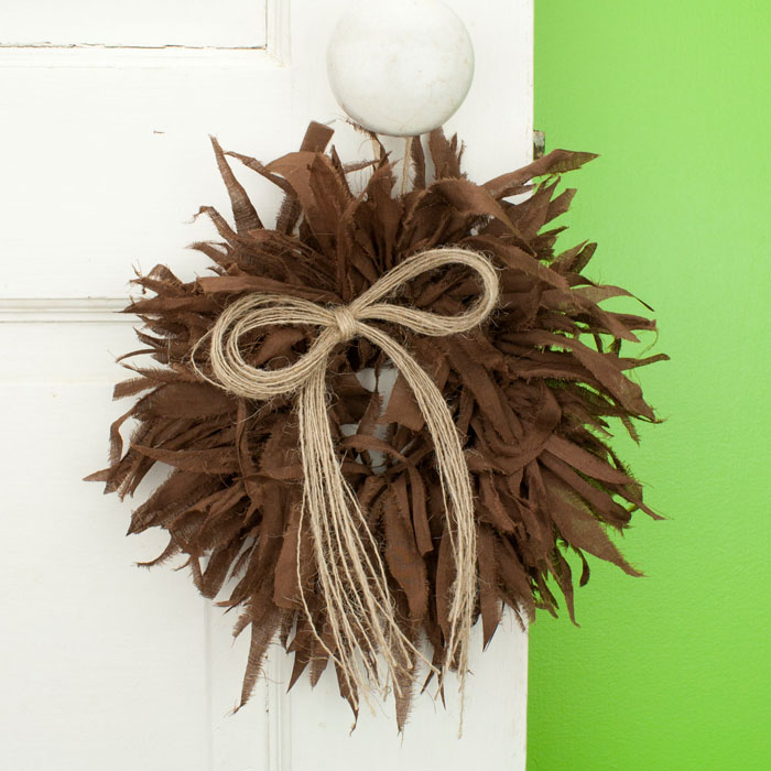 Chocolate Mini Rag Wreath with Twine Bow