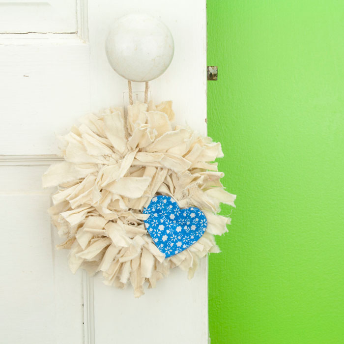 Tea Stained Mini Rag Wreath with Blue Flower Heart