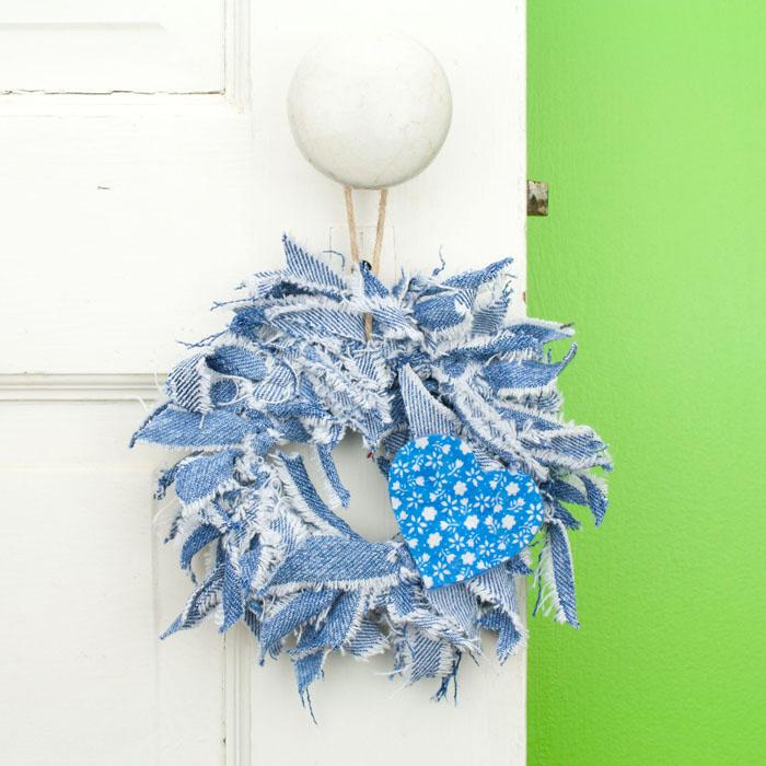 Blue Jean Mini Rag Wreath with Blue Flower Print Heart